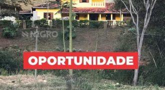 FAZENDA COM PISCINA, PRÓXIMA AO CENTRO DE GUANHÃES